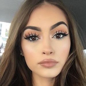 Instagram Star Alexandra Bowers - age: 21