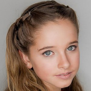 Musically star Shayla Cromie - age: 17