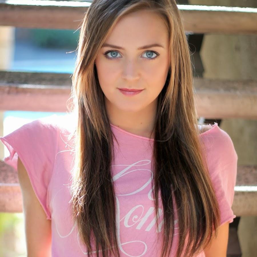 Family Member Lauren Irwin - age: 19