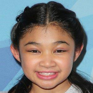 Pop Singer Angelica Hale - age: 14