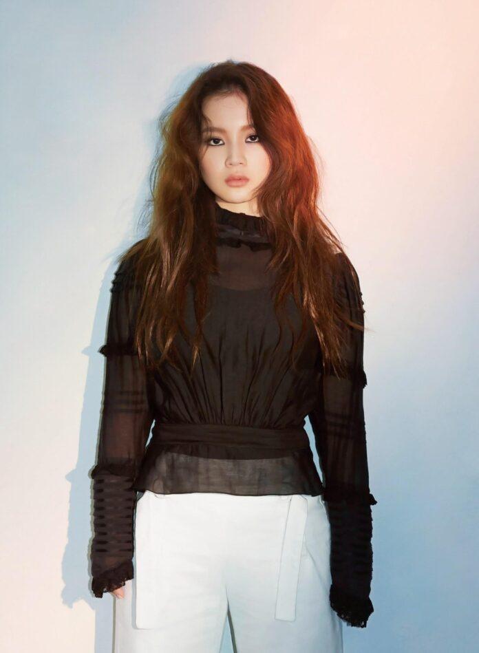 Singer Lee Hi - age: 24