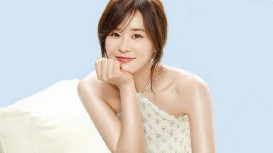 Actress Choi Kang-hee - age: 43