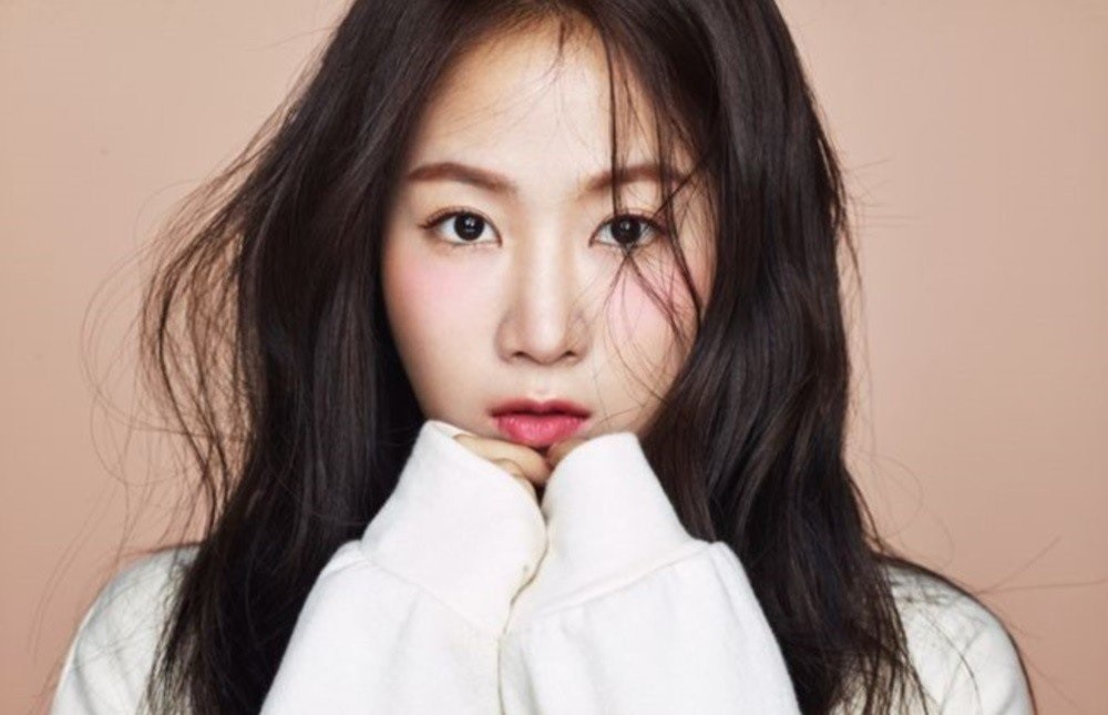 Soyou - age: 28